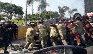 San Isidro: choque de autos deja dos heridos en la Vía Expresa