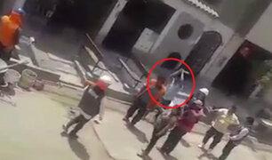 Mototaxista golpea con palo en la cabeza a obrero en SJM