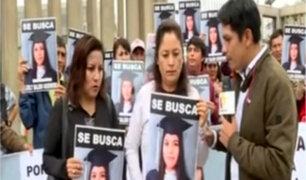 Familiares continúan búsqueda de adolescente desaparecida hace más de 20 días