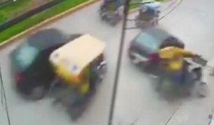 Jaén: auto impacta violentamente contra una mototaxi dejando un herido de gravedad