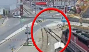 Moguegua: sujeto en presunto estado de ebriedad casi muere arrollado por tren