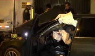 SJL: empresario fue asesinado a balazos dentro de su vehículo