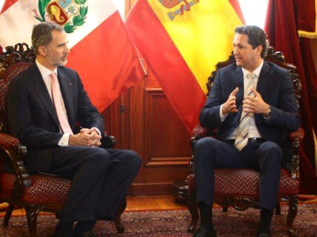 Congreso condecoró al Rey de España con medalla de honor en grado de gran Cruz