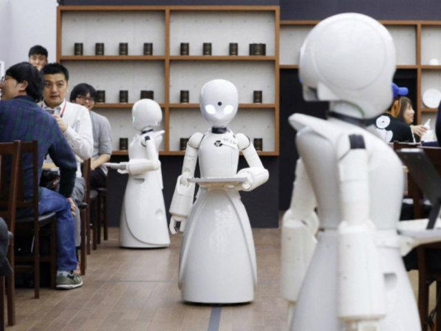 Japón: cafetería con robots da trabajo a personas con discapacidad