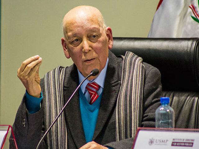 Exsenador Enrique Bernales recibió homenaje póstumo en el Congreso