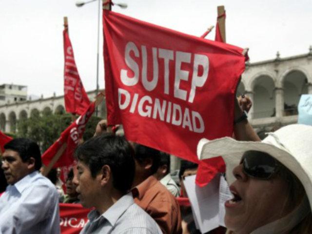 Ministerio de Educación declara ilegal huelga de maestros a nivel nacional