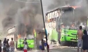 Piura: bus de transporte privado se incendia en vía pública