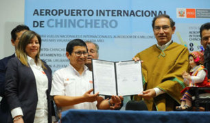 Presidente Vizcarra firmó contrato para iniciar obras de aeropuerto de Chinchero