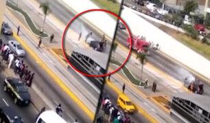 Vehículo se incendió en la Vía Expresa a la altura de la Estación Canaval y Moreyra