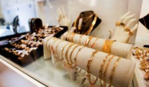 Caja Metropolitana realiza exposición y venta de joyas de oro