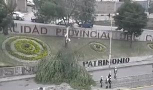 Cusco: vientos huracanados derriban árboles en el distrito de Santiago
