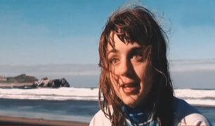 Chica invidente es la primera mujer en participar en un mundial de surf adaptado