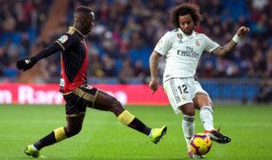 Peruanos en el extranjero: Advíncula no pudo evitar derrota contra el Real Madrid
