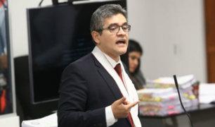 "Revelan negligencias académicas ""graves"" en tesis del fiscal Domingo Pérez"