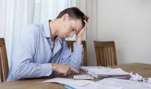 ¡Cuidado con el sobreendeudamiento! Use inteligentemente sus tarjetas de crédito