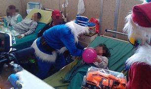 Hospital del Niño: entregan regalos a menores por Navidad