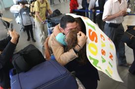 Fiestas Patrias: emotivos reencuentros de peruanos en Aeropuerto Jorge Chávez
