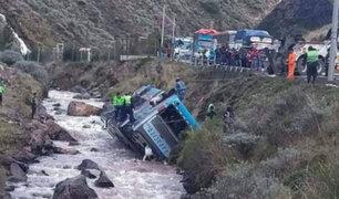 Sutran no habría fiscalizado bus que se desbarrancó en Casapalca