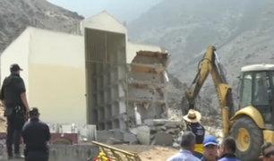 Comas: mausoleo que albergaba restos de terroristas fue demolido