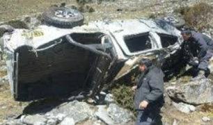 Tarapoto: volcadura de camioneta deja dos muertos