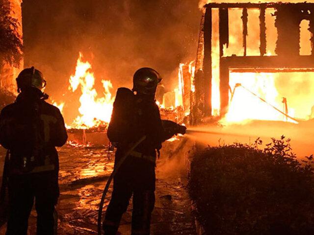 Voraz  incendio deja 17 familias damnificadas en Ica