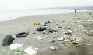 Chorrillos: playa amaneció repleta de basura tras celebraciones por Año Nuevo