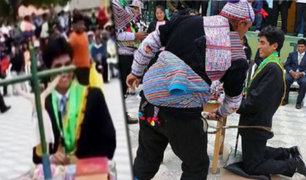 Huancavelica: alcalde del distrito de Yauli recibió azotes en tradicional ceremonia