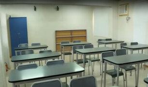 Colegio Franco Peruano asegura que alumnos estudian en aulas prefabricadas