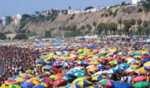 Agua Dulce: bañistas fastidiados por gran cantidad de ambulantes