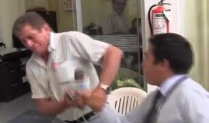 Jaén: funcionario de universidad agrede a periodista frente a efectivos de seguridad