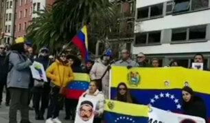Venezolanos protestaron alrededor del mundo contra investidura de Maduro