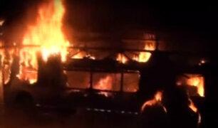 Chosica: bus interprovincial se incendia en plena Carretera Central