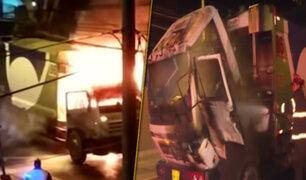Camión recolector de basura se incendia en Lince