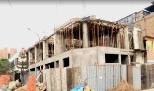 Carabayllo: pared de vivienda colapsa por construcción irregular de colegio