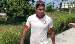 Raúl Ruidíaz estuvo presente en los entrenamientos de Universitario
