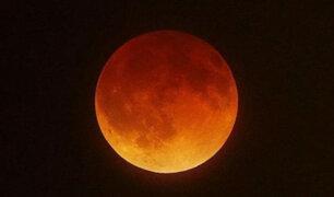 Así se vio la superluna de sangre en el mundo