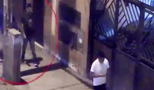 Trujillo: delincuentes golpean salvajemente a transeúnte para robarle su celular