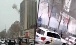 China: al menos un muerto deja explosiones dentro de un centro comercial