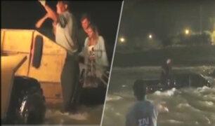 Cieneguilla: rescatan a ocupantes de camioneta que quedó atrapada en río Lurín