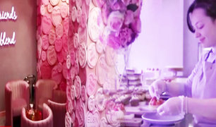 Inglaterra: conozca el primer Café Rosa y sus coloridos pasteles