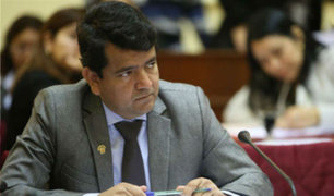 Comisión de Ética aprueba suspender 120 días a Luis López Vilela