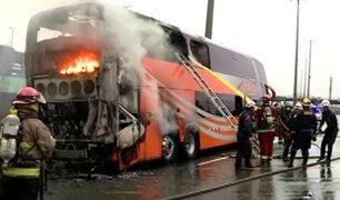 Rímac: bus interprovincial se incendia en la Vía de Evitamiento