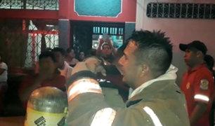 Iquitos: bebé muere en voraz incendio y bombero llora de impotencia