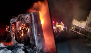 Huarmey: chofer de camión muere calcinado tras chocar contra tráiler