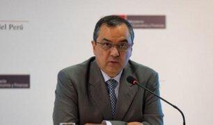 Consultorías: ministro Oliva afirma que gastos se han reducido en últimos años
