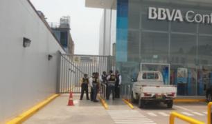Agente de seguridad frustró asalto a un banco en La Molina