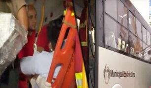 Pueblo libre: bus se despista y choca contra iglesia evangélica en la avenida La Marina