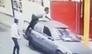 Huacho: sujeto se arroja sobre vehículo para evitar robo del auto