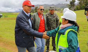 Vizcarra inspecciona daños causados por intensas lluvias en Pomabamba