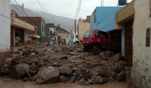 Autoridades solicitarán declarar en emergencia Arequipa tras caída de huaicos